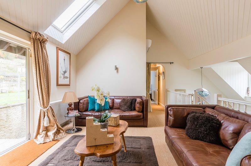 The Chairman's Retreat, Slad, The Cotswolds, Gloucestershire.  Space to relax., location de vacances à Bisley