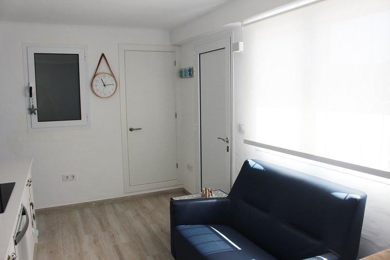 Villa LaCosta - Montjoi Apartment _ Cucina - soggiorno - Ingresso