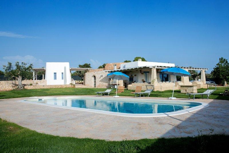 Villa Trullo Indipendente, holiday rental in Torre Suda