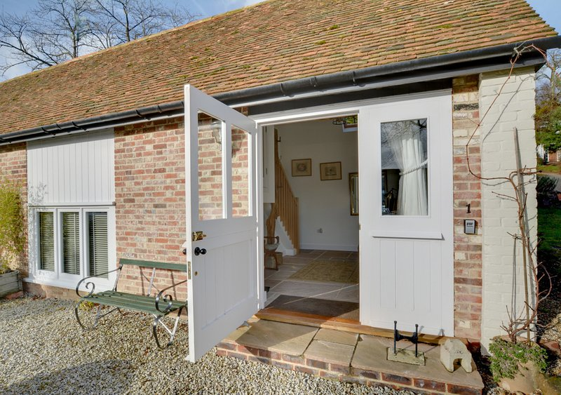 No 1 Chillenden Court Stables, holiday rental in Chartham
