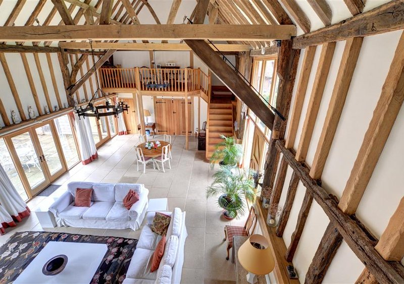 Strawberry Hole Barn, vakantiewoning in Brede