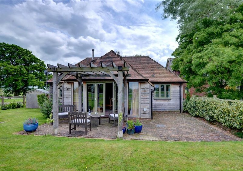 The Bryer, vacation rental in Rolvenden