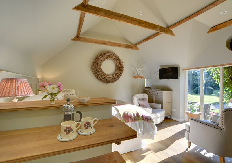 The Old Piggery, holiday rental in Kingsnorth