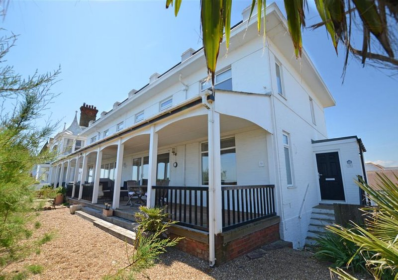 The White House, holiday rental in Walmer