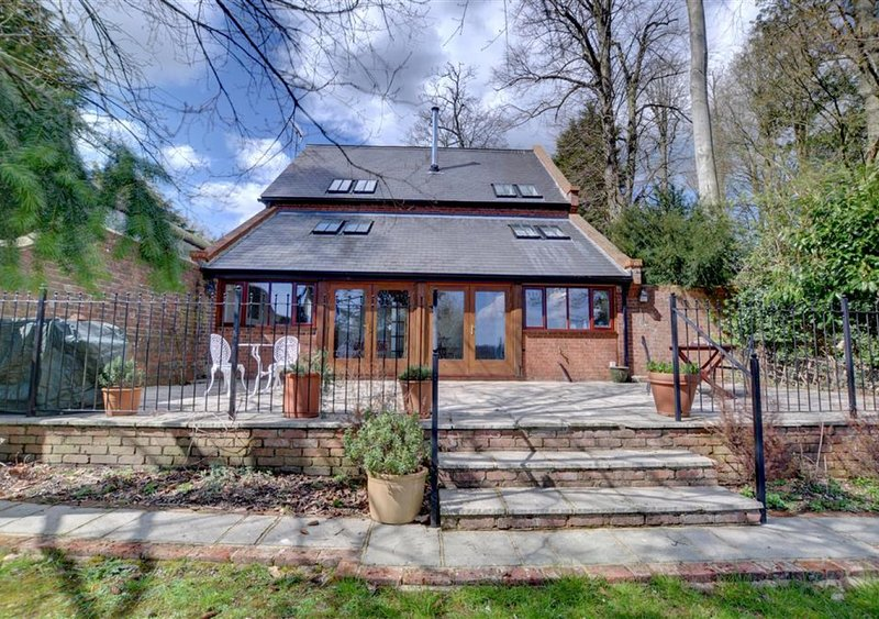 Valley View Barn, holiday rental in Groombridge