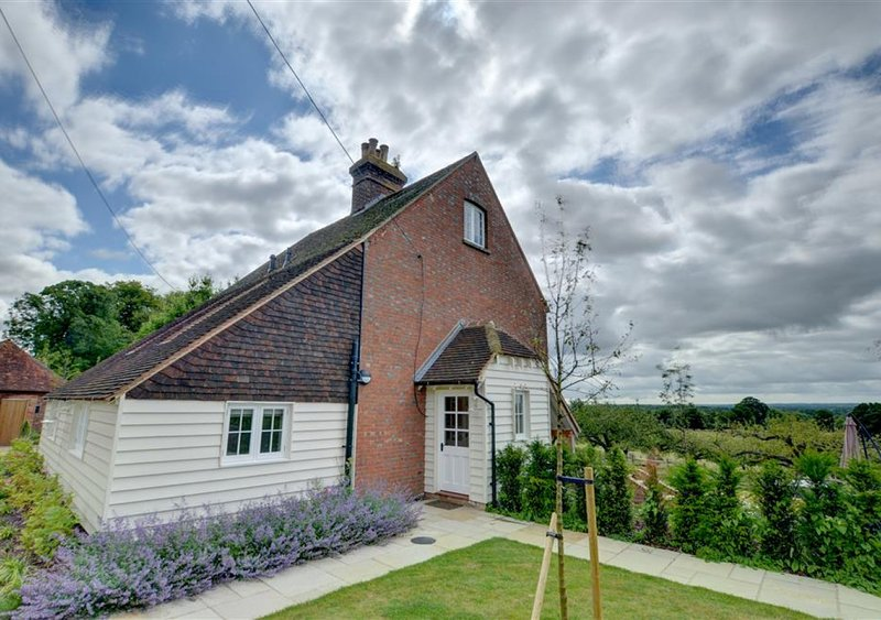Weald View Cottage, location de vacances à Headcorn