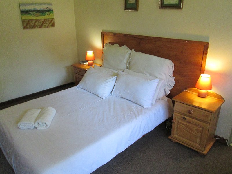 Bedrock Bb - Double Bedroom with self cathering – semesterbostad i Free State