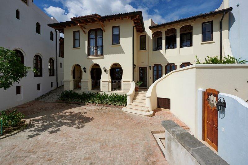 Casa Nola Naturally Social 3br Home at the Beach, alquiler de vacaciones en Las Catalinas