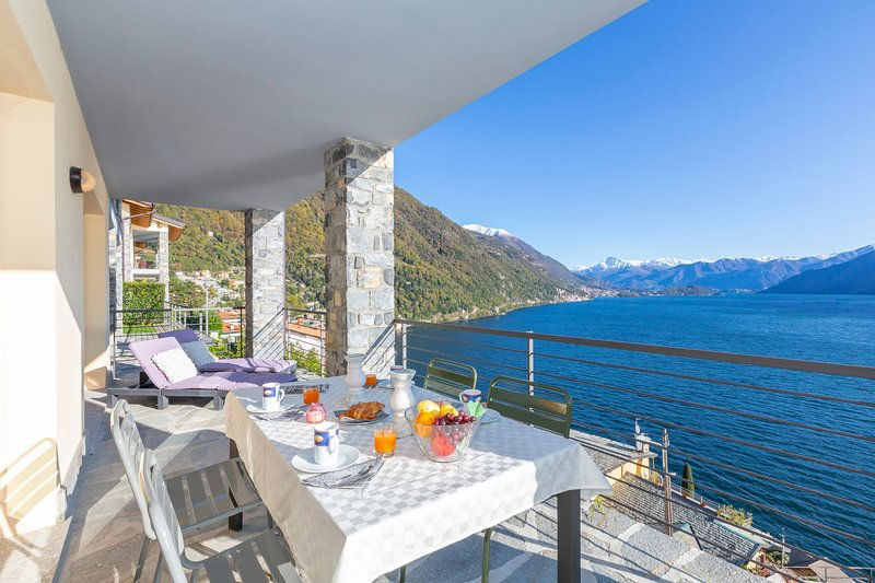 Residence degli Oleandri 2A, vacation rental in Schignano