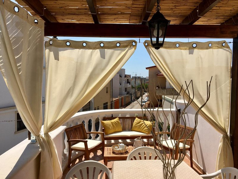 Beautiful apartment with terrace, vacation rental in Montesardo