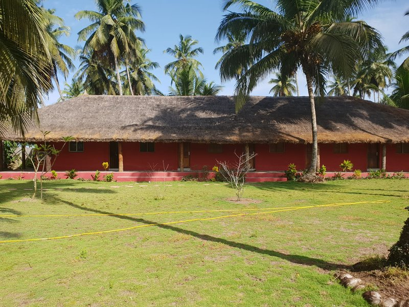 Le Chalet de la Cocoteraie d'Assinie, casa vacanza a Sud-Comoe Region