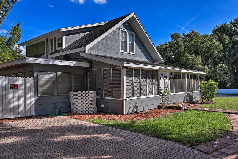 Winter Haven Family Home - Walk to 2 Lakes!, vacation rental in Winter Haven