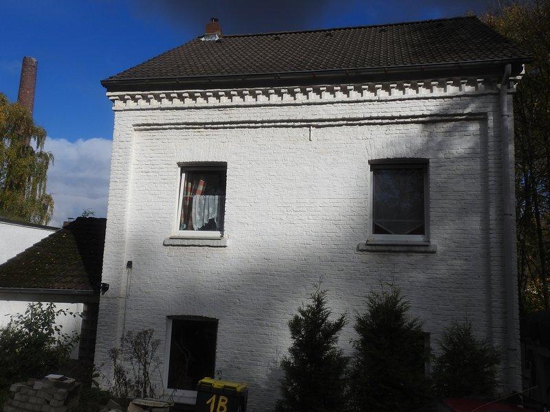 Kleines helles Zimmer mit Doppelbett, aluguéis de temporada em Dortmund