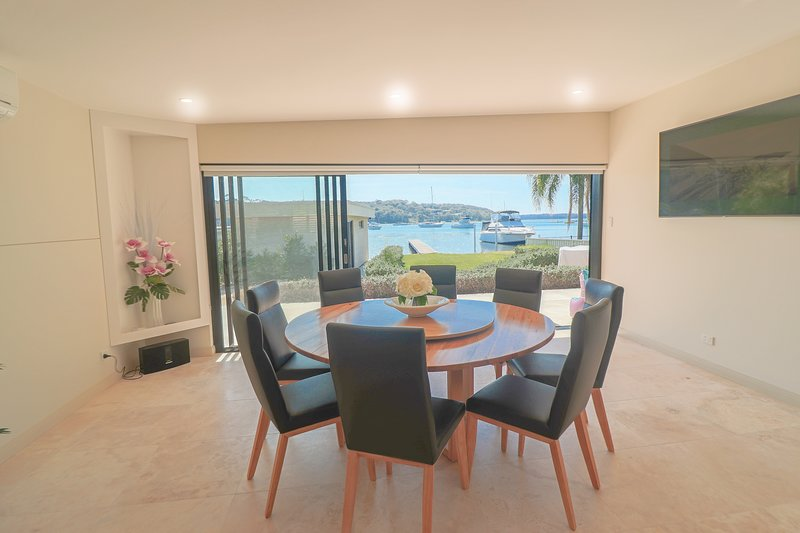 Sugar Bay Bliss with studio, holiday rental in Morisset