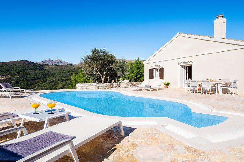 Villa Socrates, holiday rental in Vigla