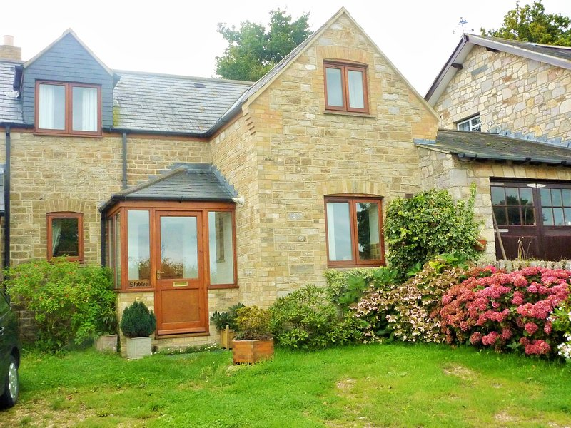 The Stables, holiday rental in St Helens