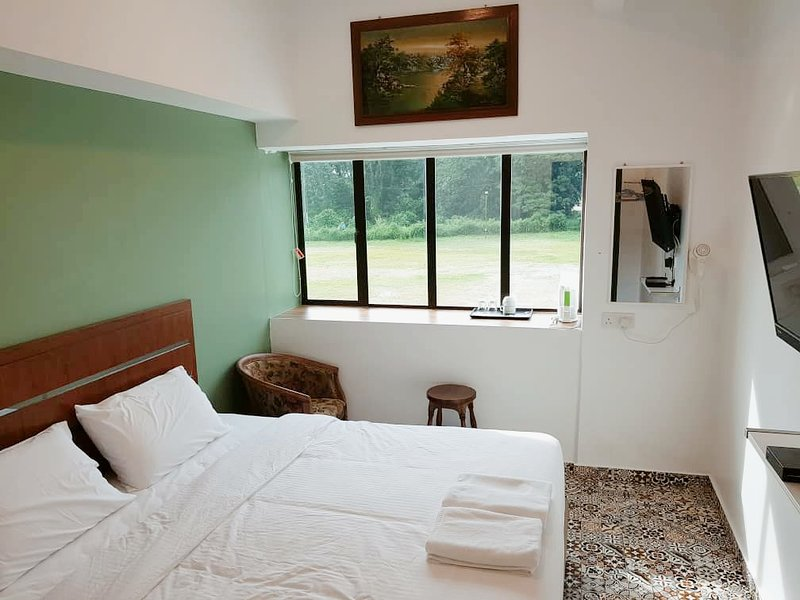 King Room with View, vacation rental in Kamunting