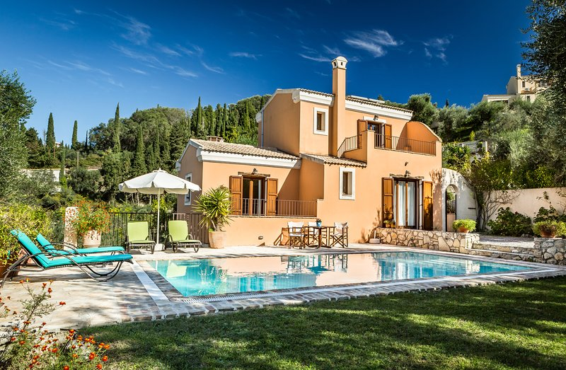 Mastrogiannis villa Levanta, holiday rental in Avliotes