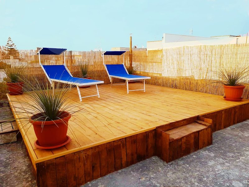 Nice house with terrace & Wifi, location de vacances à Marina di Marittima