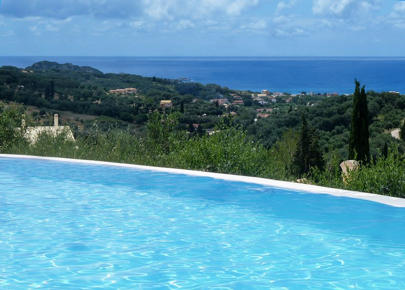 Private villa Myrtia, holiday rental in Avliotes