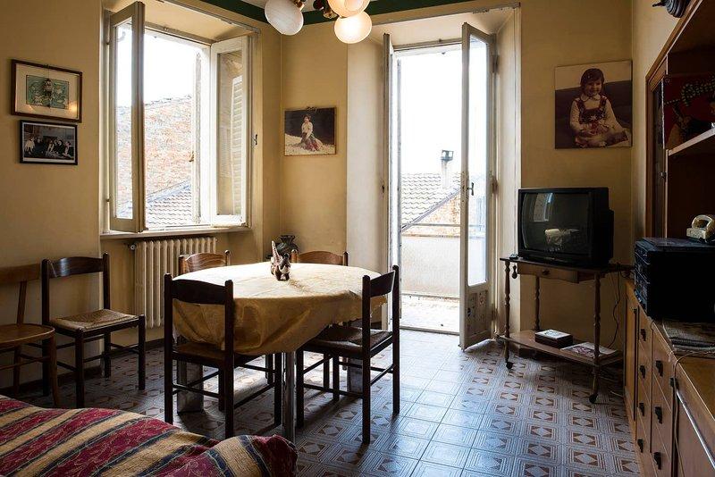 Amazing house with balcony & Wifi, alquiler vacacional en Rapagnano