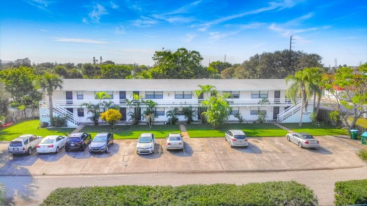 115 Fillmore Ave Unit I :: Cape Canaveral Vacation Rental, holiday rental in Cape Canaveral