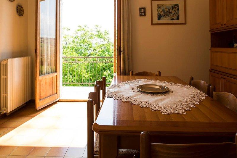 Amazing house with terrace & Wifi, alquiler vacacional en Rapagnano