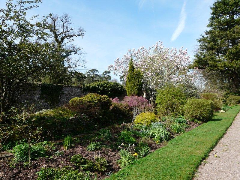 La frontera herbácea en la casa Treberfydd