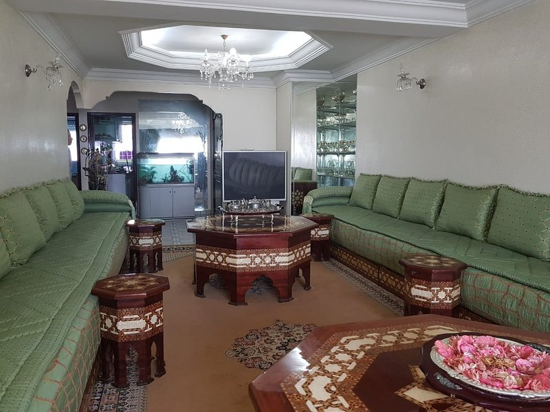 Beautiful apartment with sea view, holiday rental in Casablanca