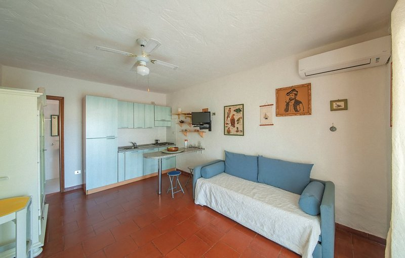 BAIA de BAHAS - Apartments - STUDIO'/MONOLOCALE, holiday rental in Porto Rotondo
