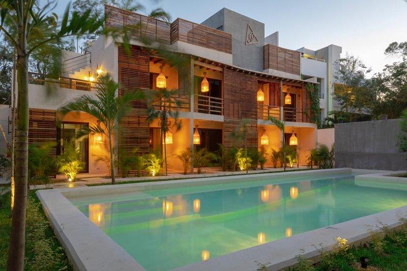 Casa Lorenzo Brand New Exquisite Apartment Has Patio And