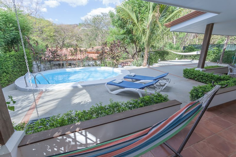 Charming villa/casita located in private Isabella, holiday rental in Artola