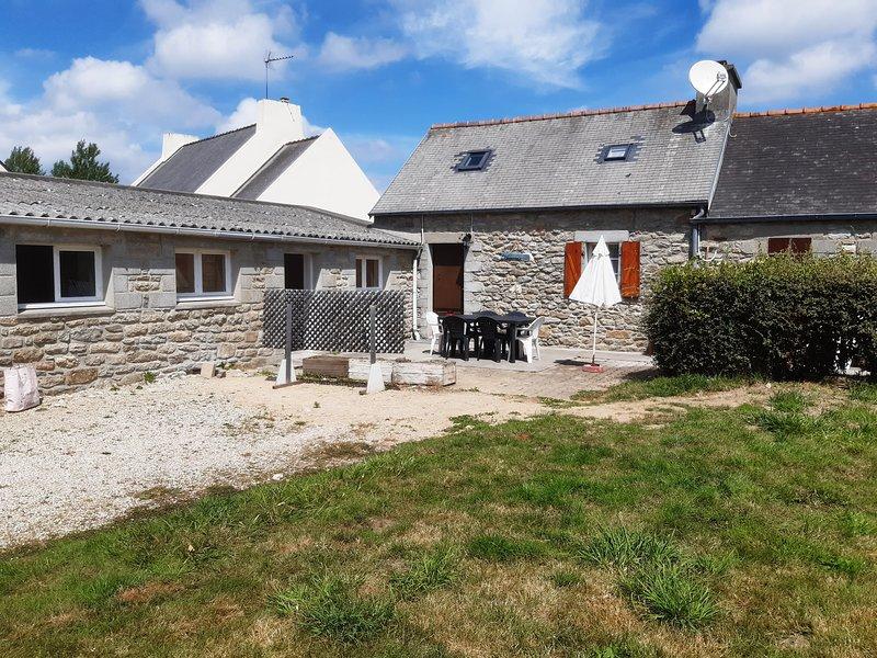 TY ARTHUR, villa typique bretonne à 400m de la plage du Vougot, alquiler vacacional en Guisseny