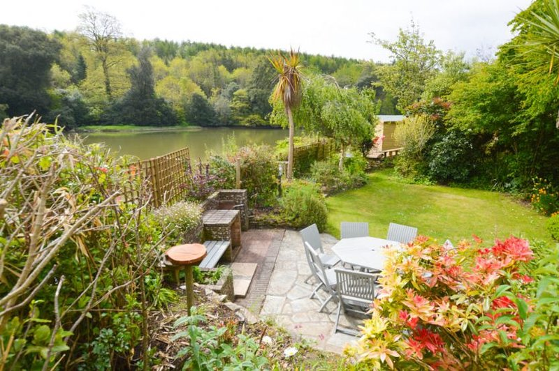 Water's Edge, holiday rental in Grampound