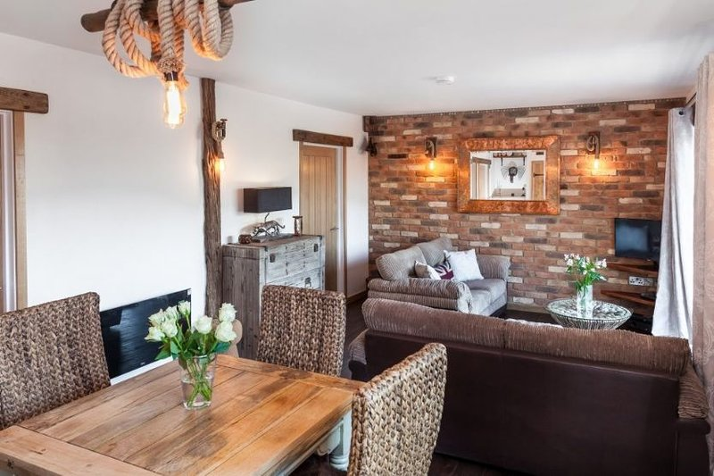 Rose Cottage at Bumbledown, holiday rental in Penhallow