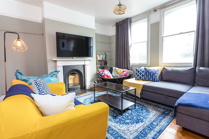 The River Cam Place - Enchanting 6BDR Home next to River Cam, holiday rental in Madingley