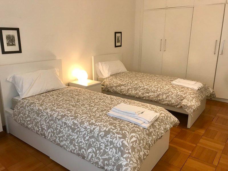Appartamento Milano - Ampio 6 Posti Letto Comodo in pieno centro - NEAR VENICE, alquiler vacacional en Padua