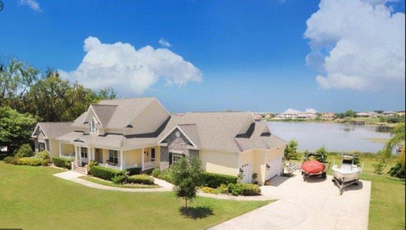Beautiful Villa in exclusive Orlando suburb, aluguéis de temporada em Winter Garden