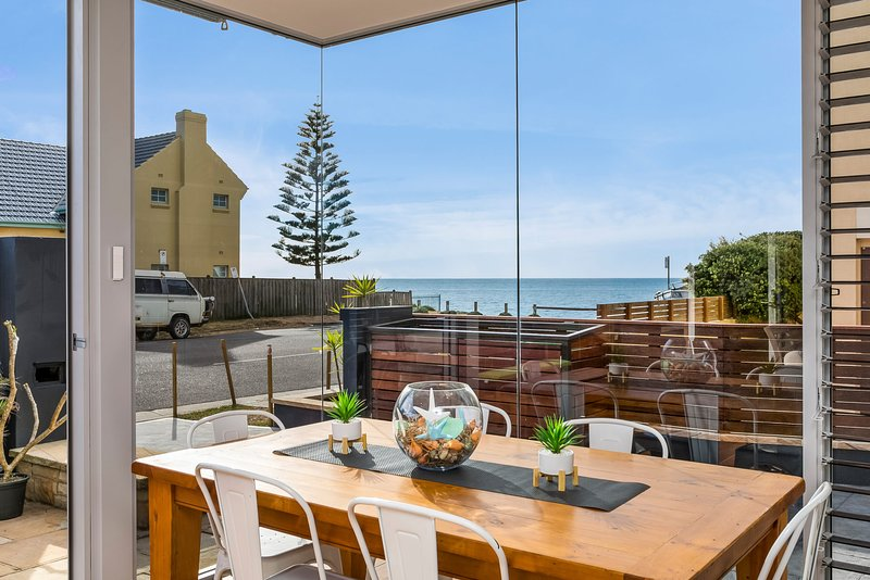 Beachside Magic  - Narrabeen, NSW, holiday rental in North Narrabeen