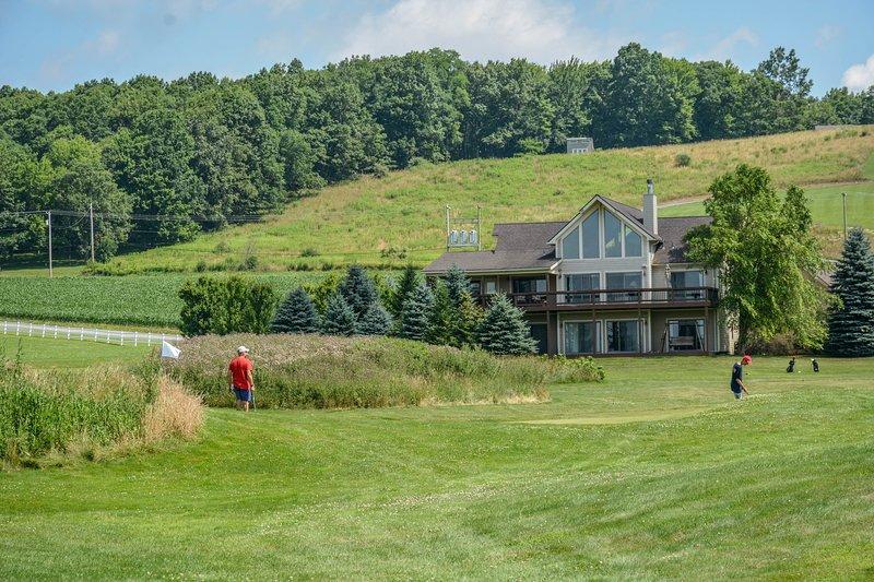 Community Par-3 Golf Course