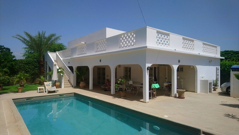 Spacious villa with swimming-pool, holiday rental in Joal Fadiouth
