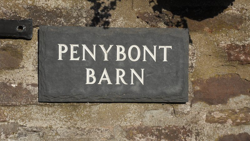 Penybont Barn, a cosy riverside barn conversion in Llangorse, Brecon Beacons, UK, location de vacances à Llangorse