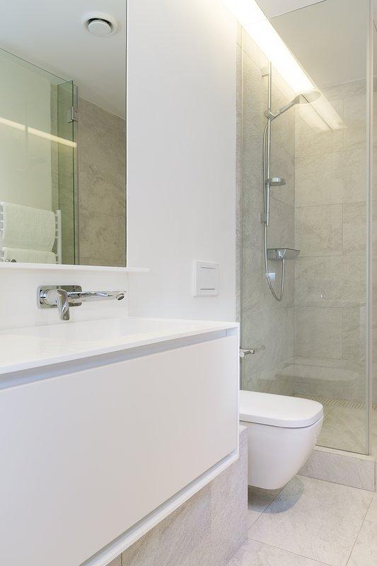 Third bedroom en-suite bathroom with shower