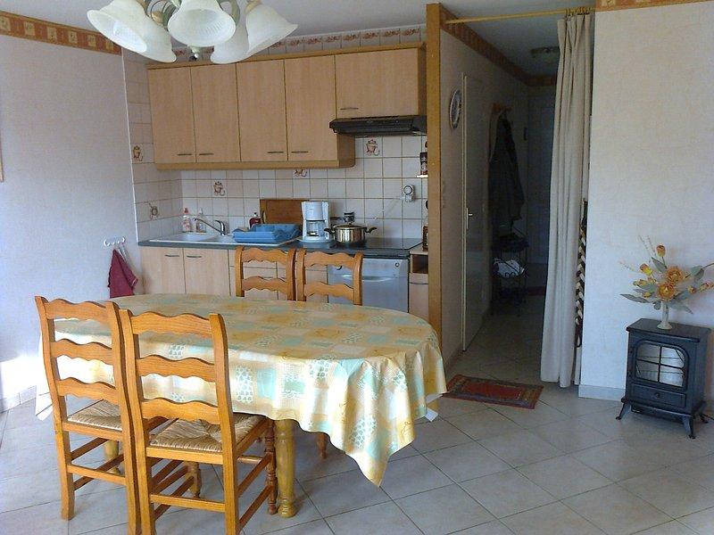 Nice apartment with sea view & Wifi, location de vacances à Camiers