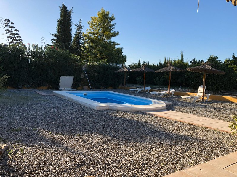 Amazing villa with swimming-pool, vacation rental in Cartama