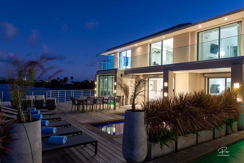 Villa Blue Paradise, location de vacances à Cupecoy Bay