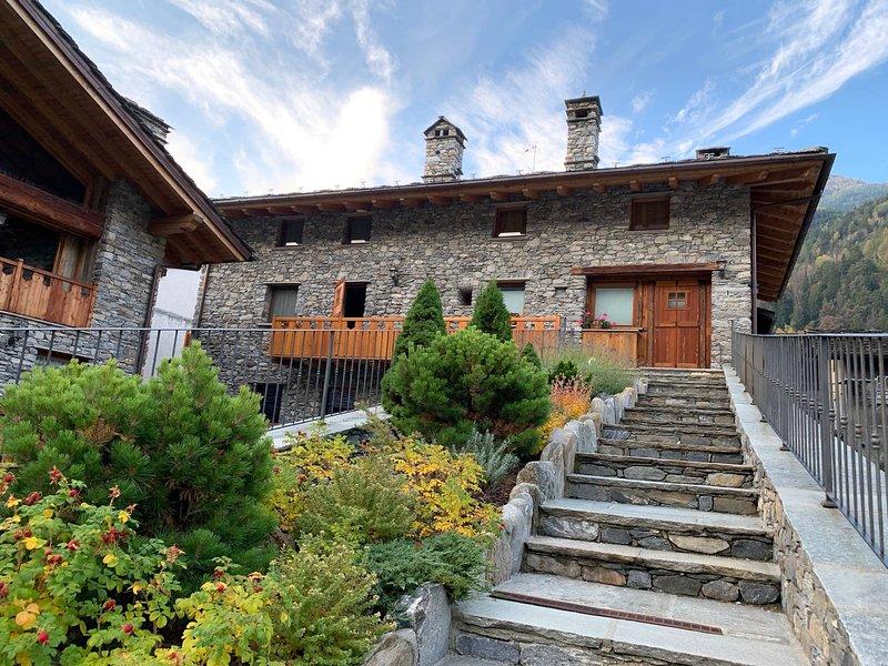 Il Cuore Della Valdigne -ski Courmayeur-la Thuile, vacation rental in Morgex