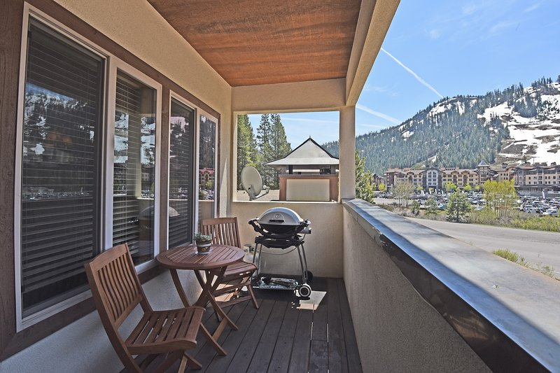 Squaw Valley Retreat Chalet in Squaw Valley