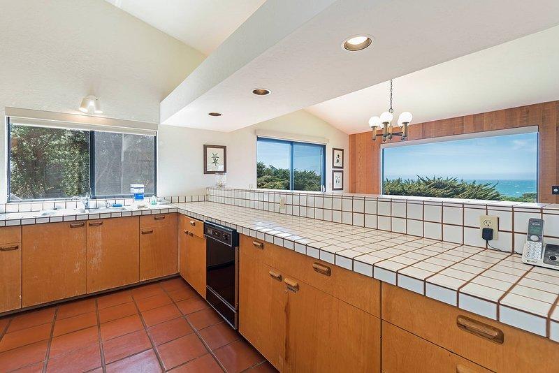 Flooring,Indoors,Floor,Room,Kitchen