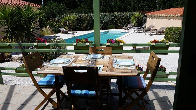 le MAS AVRIL meublé de tourisme 4 étoiles, vous propose deux gîtes de 36 m², location de vacances à Saint-Cyprien